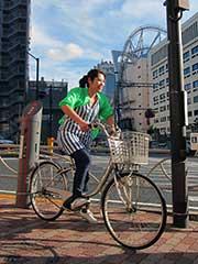 自転車で出勤の写真